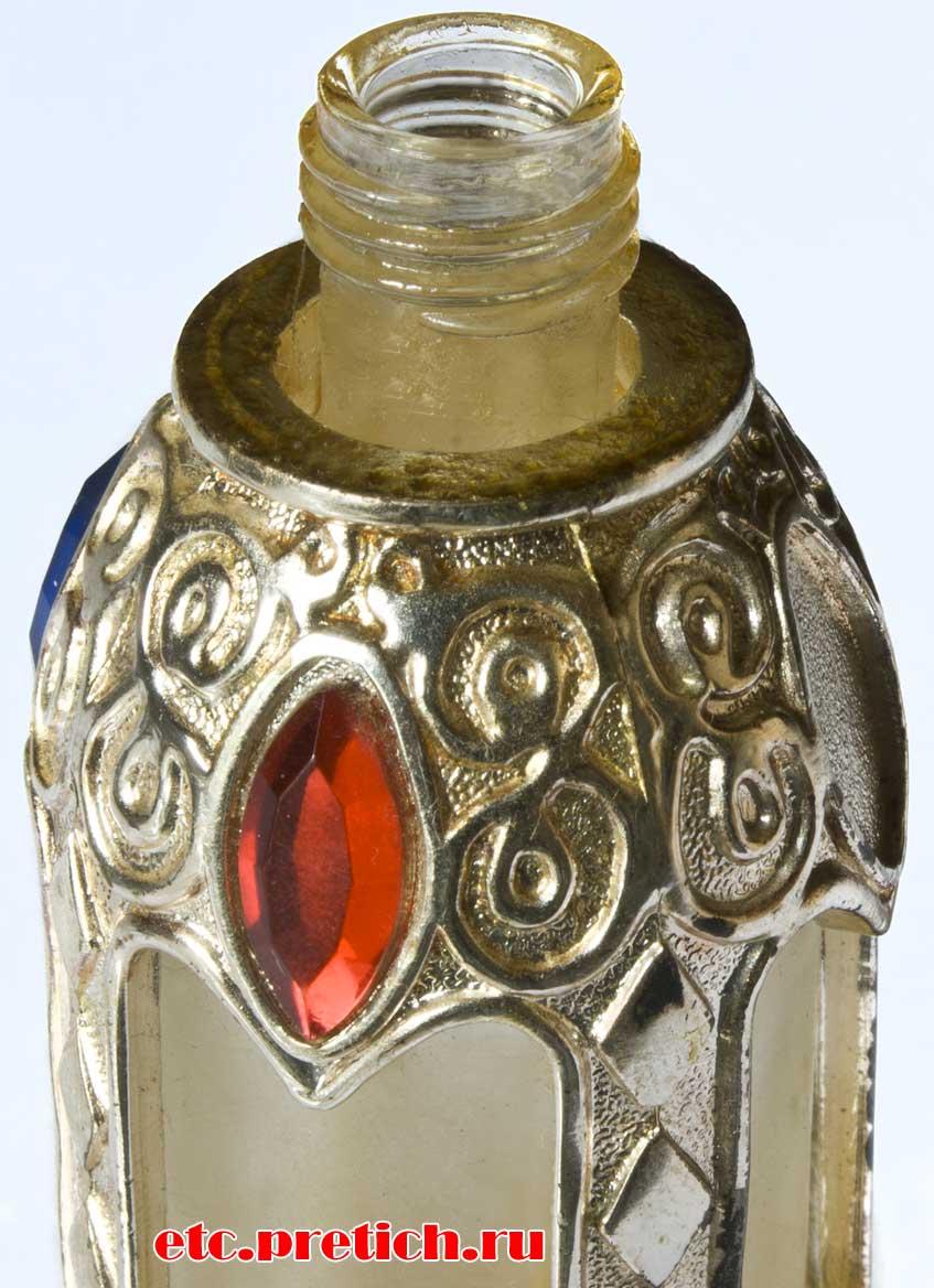 матовый флакон, металлическое ажурное обрамление, духи