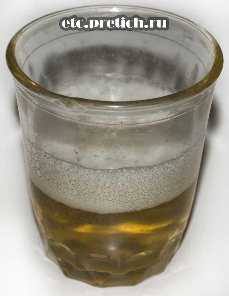 Наливаем и пробуем пиво Кружка свежего, из Казахстана